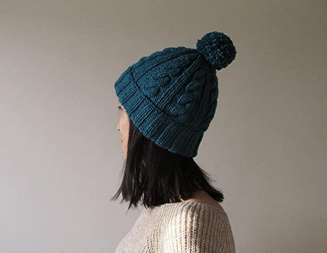 d14cb3ed7f942 Amazon.com  Cable Knit Hat in Petroleum Green