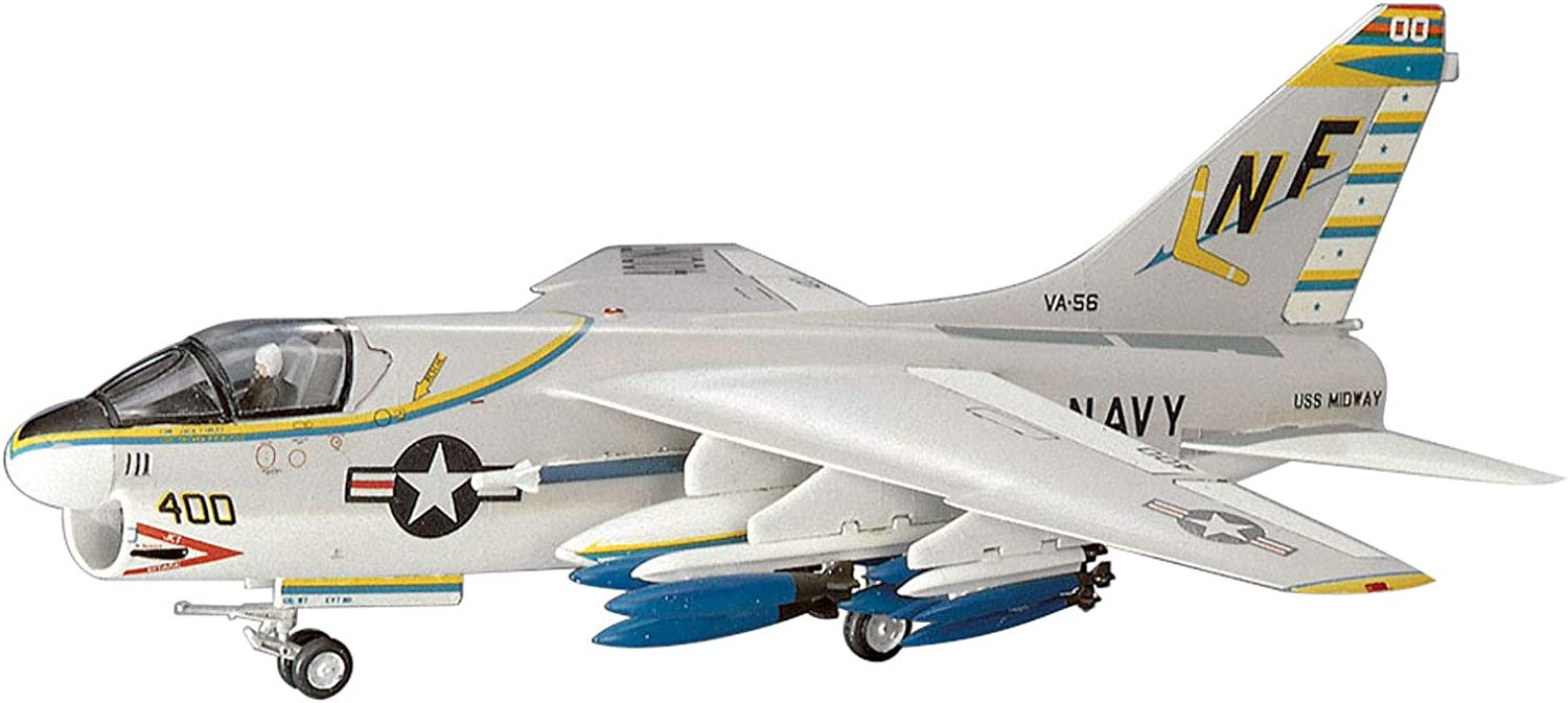 Unopened Contents Complete Kit Hasegawa Minicraft 1//72 Vought A-7A Corsair 2