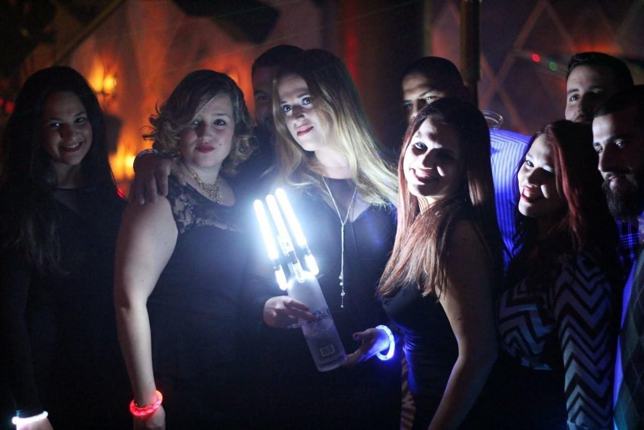 Amazon.com: LED Botella bengalas de servicio para los clubes ...