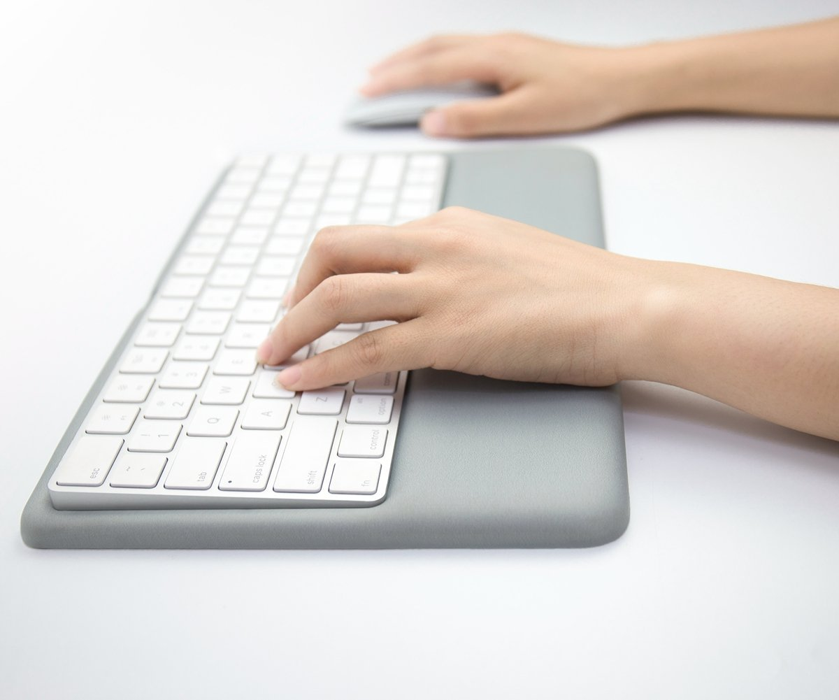 2d8df22f46f Amazon.com: Magic Keyboard Wrist Rest Ergonomic Keyboard Stand Compatible  with Wireless Magic Keyboard 2(MLA22L/A) (Gray Silicone): Computers &  Accessories