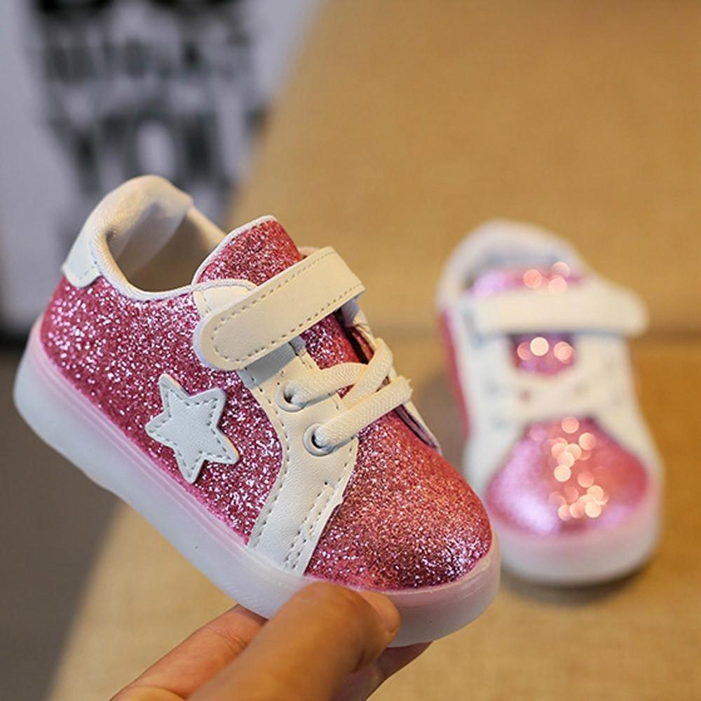 Doublehero Babyschuhe 1-6 Jahre Unisex Baby Junge M/ädchen Prinz Prinzessin Mode Star Gl/ühend Sneaker LED Leuchtet Kind Kleinkind Beil/äufig Bunt Licht Schuhe