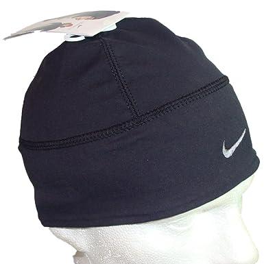 517bb7ab15b NIKE BEANIE HAT - MENS WOMENS UNISEX - DIVERS STAY DRY - SPHERE DRY - BLACK   Amazon.co.uk  Clothing