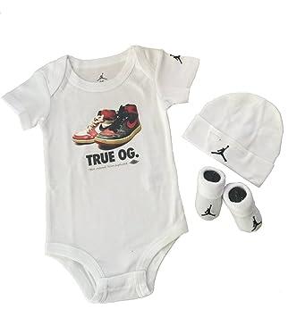 567413dac632e Amazon.com: Nike Michael Jordan 23 Jumpsuit 3 pcs infant Layette ...
