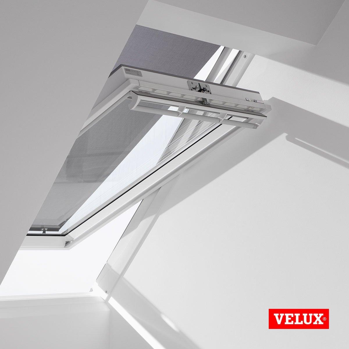 VELUX Blind For Roof Window Size SK06 SK08 SK10 S06 S08, S10, 606, 608 610  SK06 SK08 SK10 S06 S08, 606/608/610: Amazon.co.uk: Kitchen U0026 Home