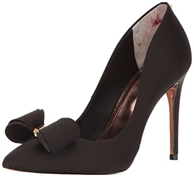b96d06f82 Amazon.com  Ted Baker Women s AZELINE Pump  Shoes