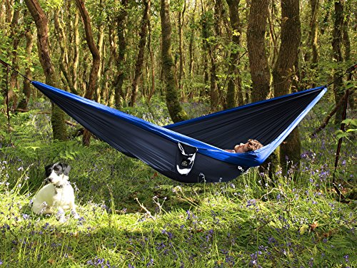 Proventure Single Camping Hammock – Lightweight and Compact – For Backpacking, the Beach, Back Yard, Travel, or Any Adventure! – FREE 6.5ft Tree Straps (Dark Blue/ Blue)