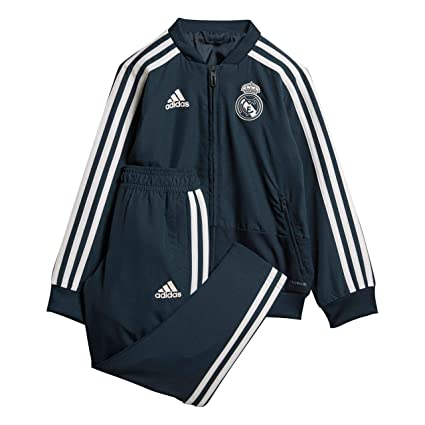 09b31fcf438 Amazon.com   adidas 2018-2019 Real Madrid Mini Presentation ...