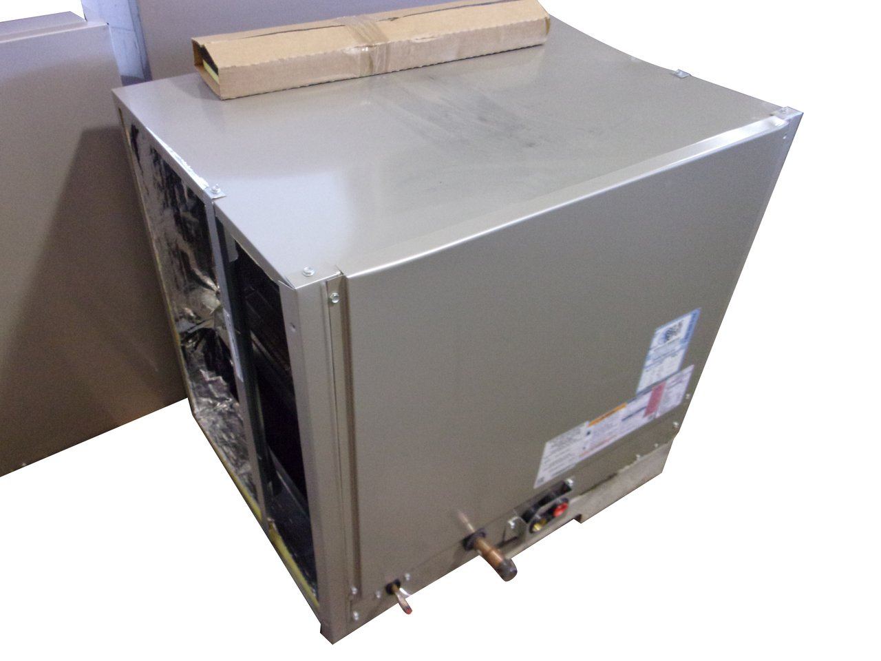 CARRIER ''Scratch & Dent'' Central Air Conditioner Cased Coil CNPHP6024ALA ACC-10187