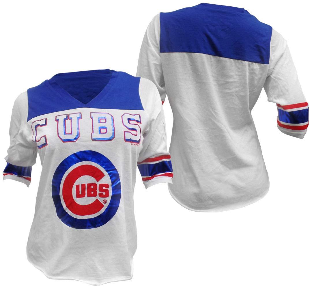 newest f10f5 f5c07 GIII Apparel Chicago Cubs Women's Touchdown Tee V-Neck T-Shirt