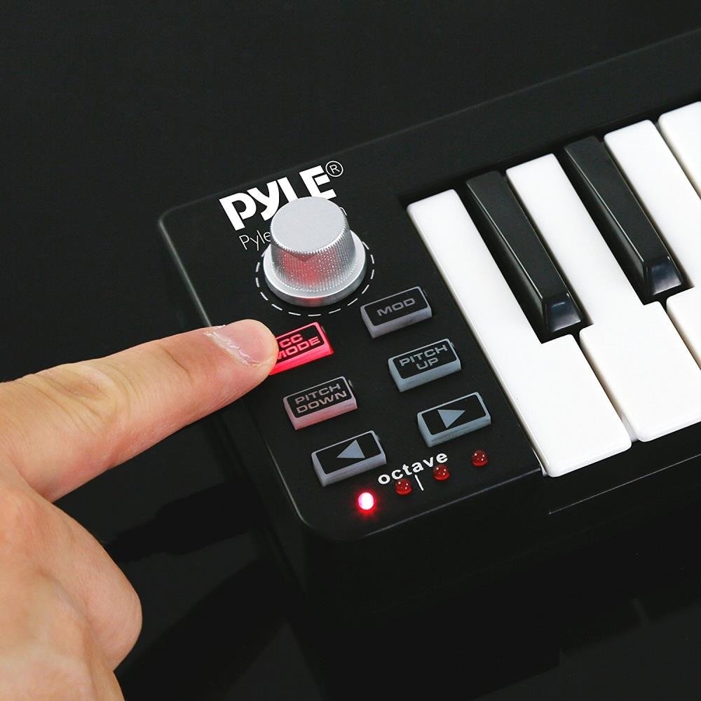 Pyle USB MIDI Keyboard Controller - Upgraded 25 Key Portable Audio Recording Workstation Equipment - Hardware Buttons Control any DAW Software for Computer Music Production - PMIDIKB10_0 by Pyle (Image #4)