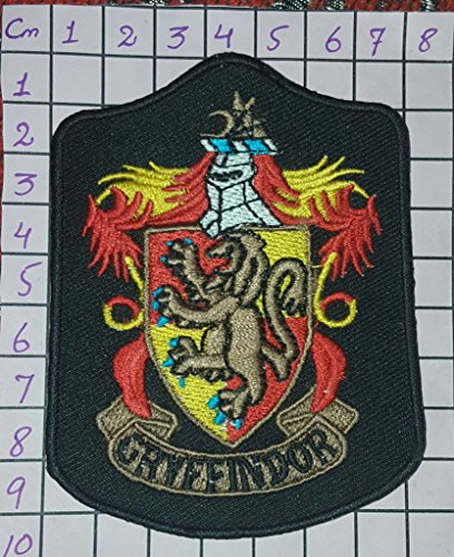HARRY POTTER House of GRYFFINDOR Robe Logo (Harry Potter Premium Gryffindor Robe Child Costumes)