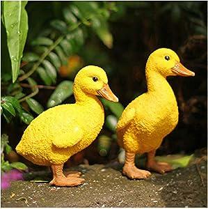 Dmenmoke Duck Statues Polyresin Duck Figures Outdoor Garden Decoration (Pack of 2)