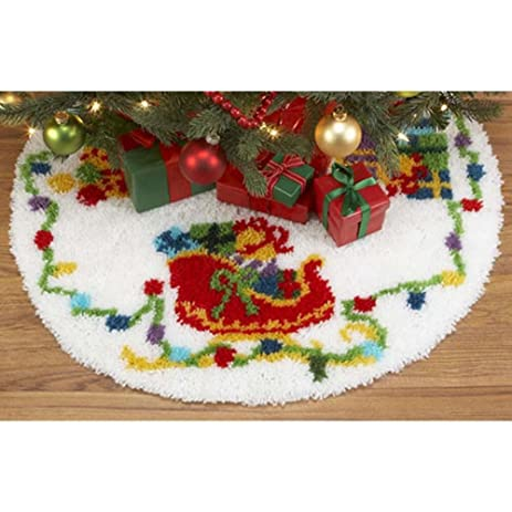 Craftways Lifes Best Gifts Tree Skirt Latch Hook Kit