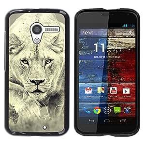 Qstar Arte & diseño plástico duro Fundas Cover Cubre Hard Case Cover para MOTO X / XT1058 / XT1053 / XT1052 / XT1056 / XT1060 / XT1055 ( Lion Photo Female Hunting Safary Big Cat)
