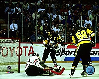 "Jaromir Jagr Mario Lemieux Pittsburgh Penguins 1992 Stanley Cup Finals Game 4 Action Photo (8"" x 10"")"