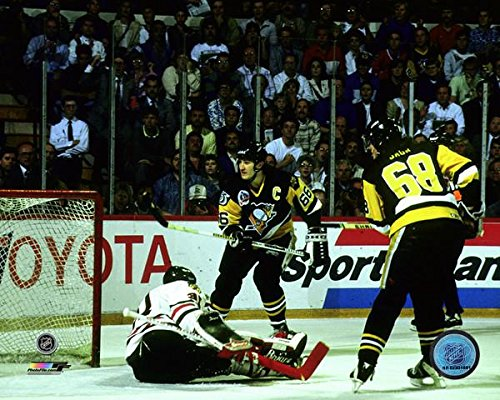Jaromir Jagr Mario Lemieux Pittsburgh Penguins 1992 Stanley Cup Finals Game 4 Action Photo (8