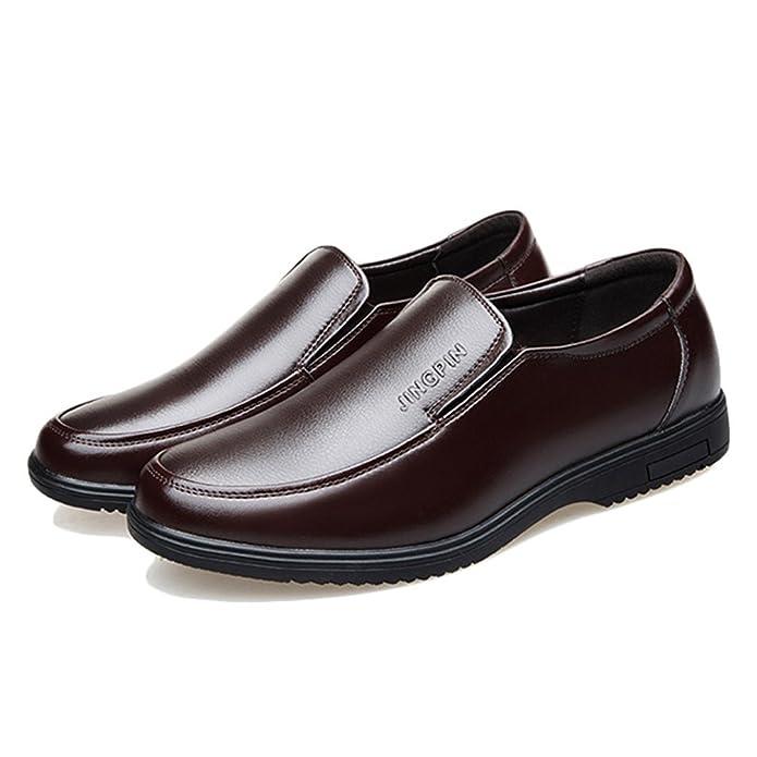 9bb45a8d35a Chaussure de Cuir d affaire pour Homme Papa Soulier Chaussure au Loisir de  Marche de Ville sans Lacet Résistant à l usure  Amazon.fr  Chaussures et  Sacs
