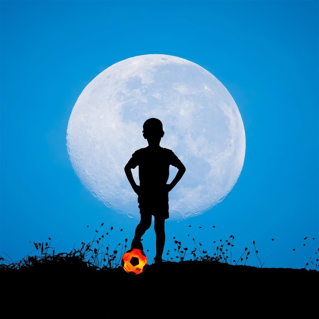 Glow in the Dark Soccer Ball Youth Size 3 NightMatch Light Up Soccer Ball Kids Edition INCL BALL PUMP and SPARE BATTERIES Official Size /& Weight orange//white Amatopia Labels UG Inside LED lights up when kicked