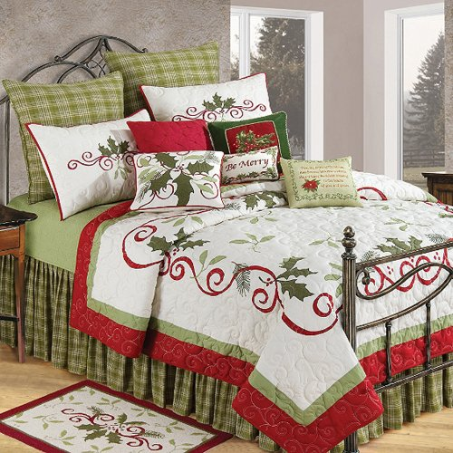 C & F Enterprises Holiday Garland 4-Piece Quilt Set, Queen