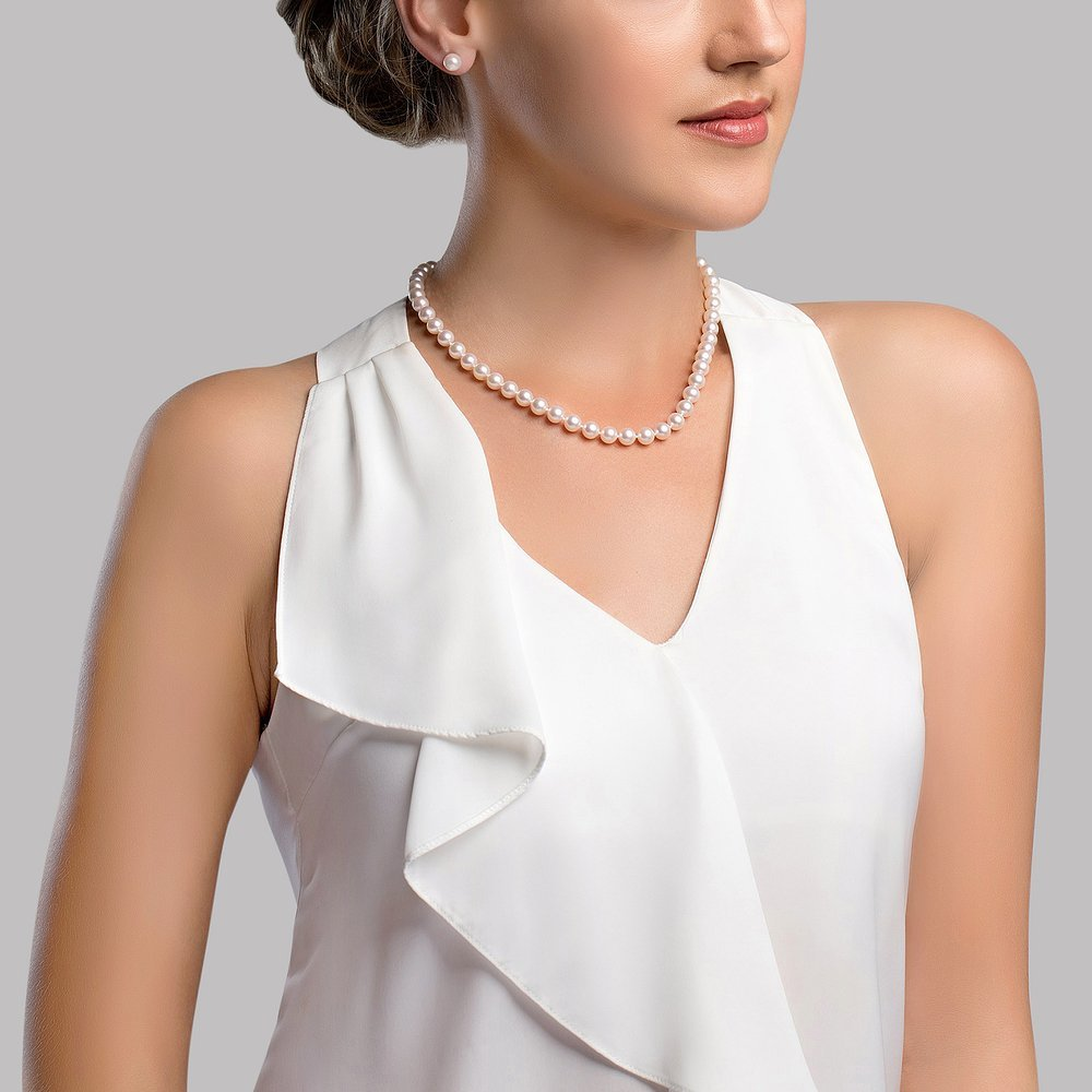 THE PEARL SOURCE 14K Gold 7.0-7.5mm Round Genuine White Japanese Akoya Saltwater Cultured Pearl Necklace in 16 Choker Length for Women