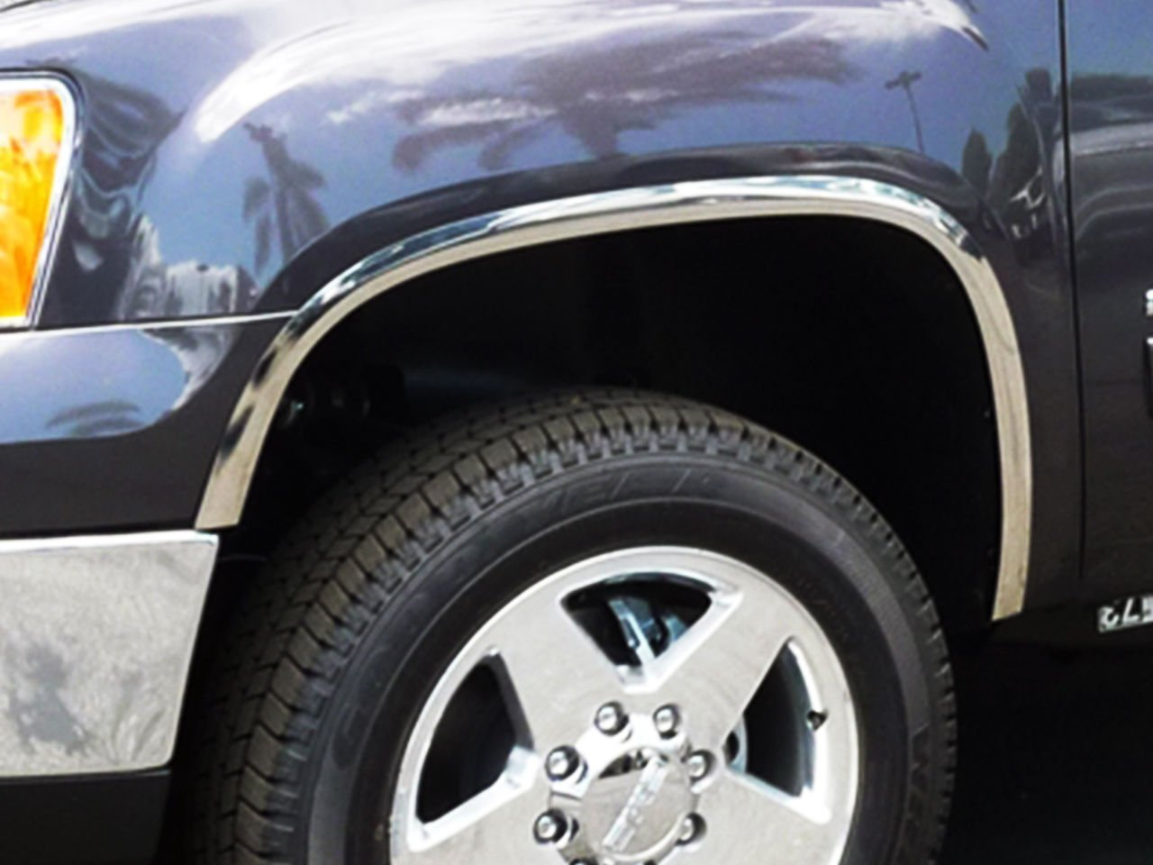 FTGM206 2007-2010 GMC Sierra 2500 HD Polished Stainless Steel Fender Trim