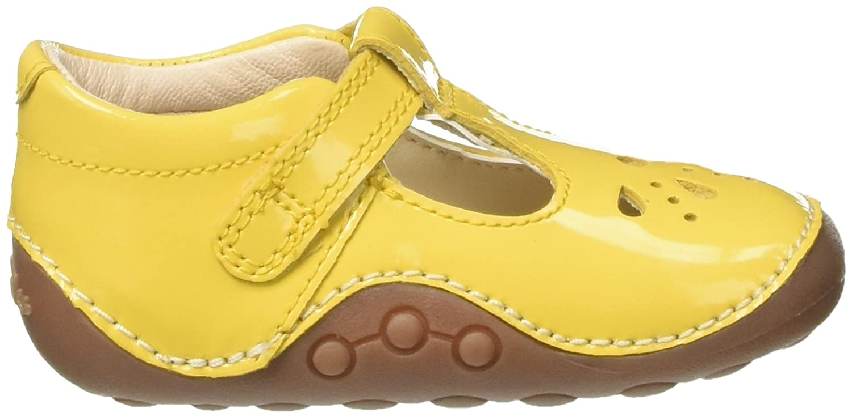 4a36f46bd96d83 Clarks Girls Little Weave Closed Toe Sandals