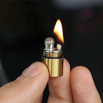 El encendedor más pequeño del mundo. Mechero muy pequeño