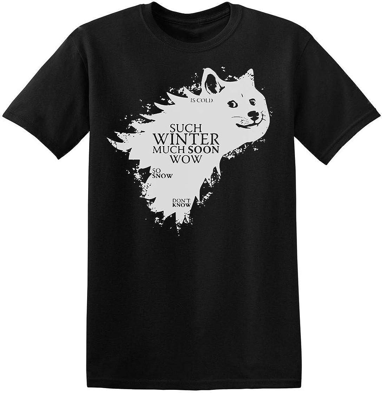 Finest Prints Doge Such Winter Much Cold Camiseta para Hombre: Amazon.es: Ropa y accesorios