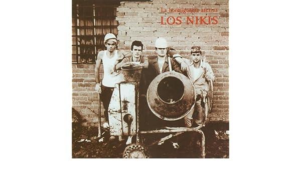 Voy A Benidorm (Born To Be Alive) de Los Nikis en Amazon Music - Amazon.es