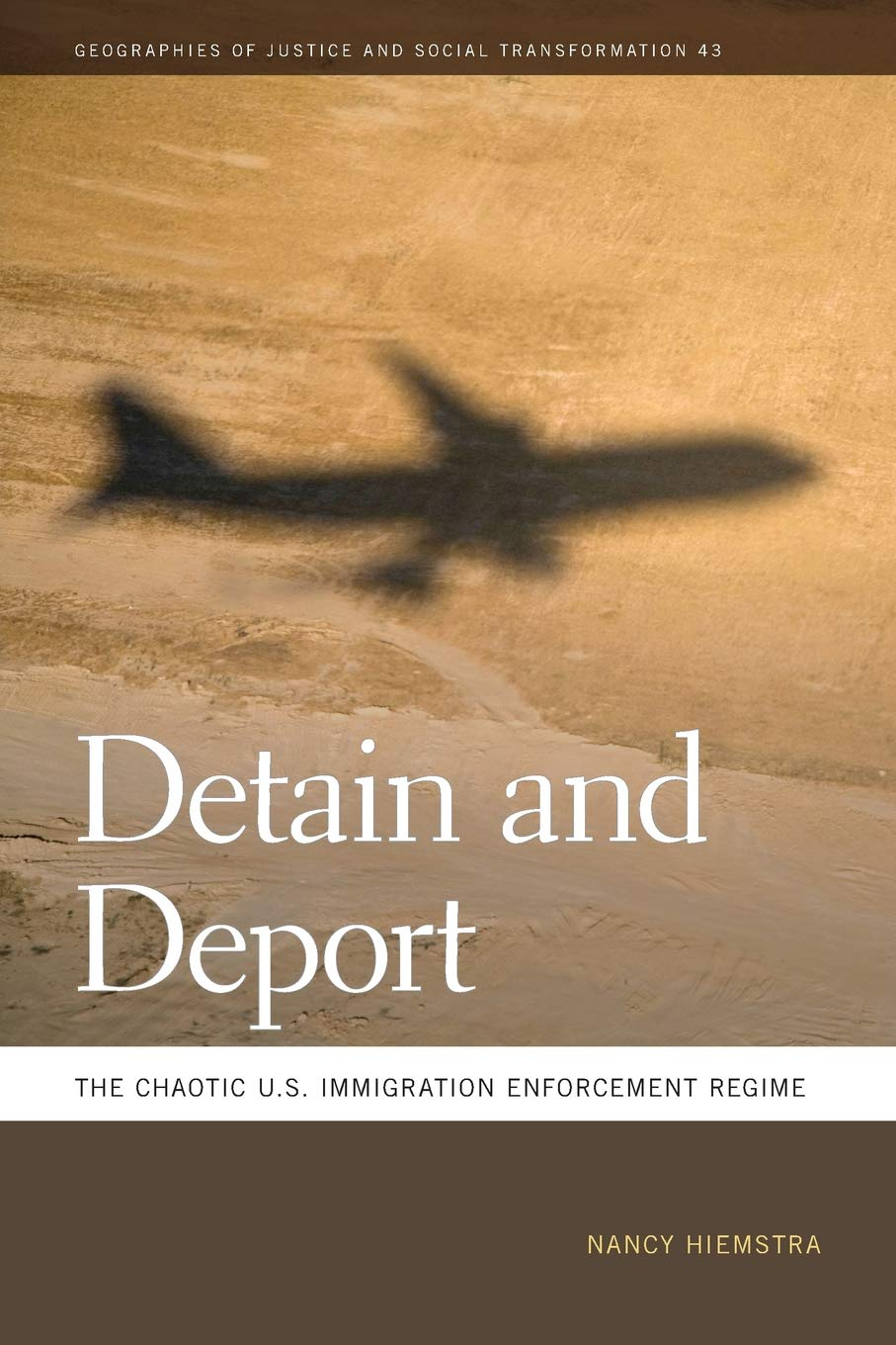 Amazon com: Detain and Deport: The Chaotic U S  Immigration