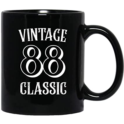 7135509b8004a6 Amazon.com  Vintage 88 Classic - 1988 Birthday Ideas 86 Years Old ...