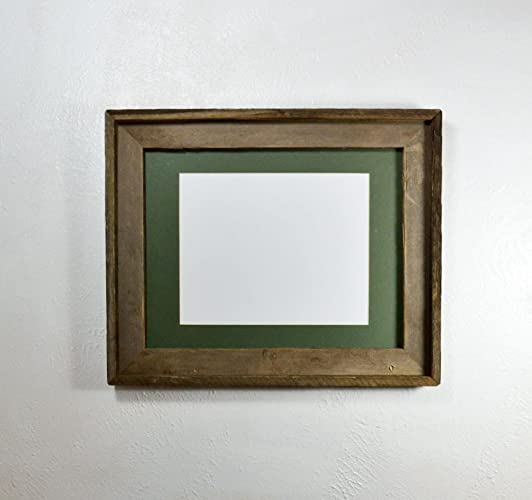 Amazoncom Picture Frame 8x10 Green Mat Rustic Recycled Wood With