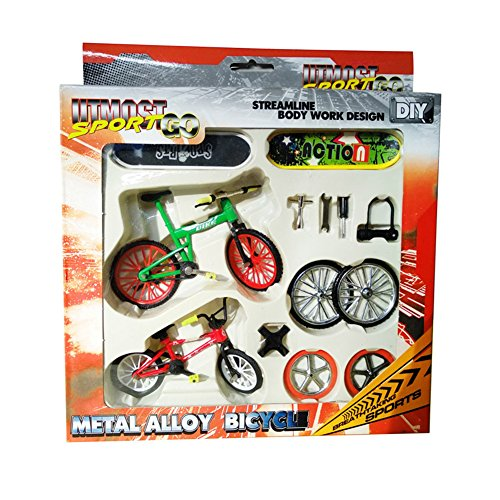Remeehi Educational Stunt Finger Bike & Skateboard Set With Accessories by Remeehi