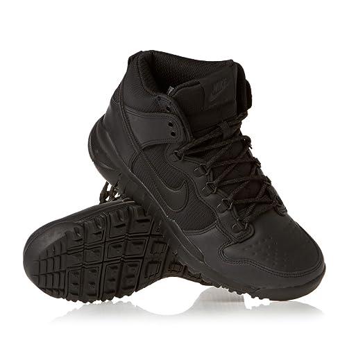 baskets pour pas cher 08374 d1d65 Nike SB Dunk High Boot, Chaussures de Skate Homme: Amazon.fr ...