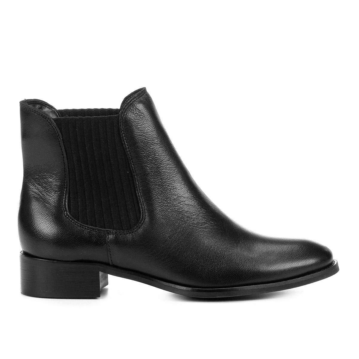 8297395d54 Bota Chelsea Shoestock Flat Couro Feminina  Amazon.com.br  Amazon Moda