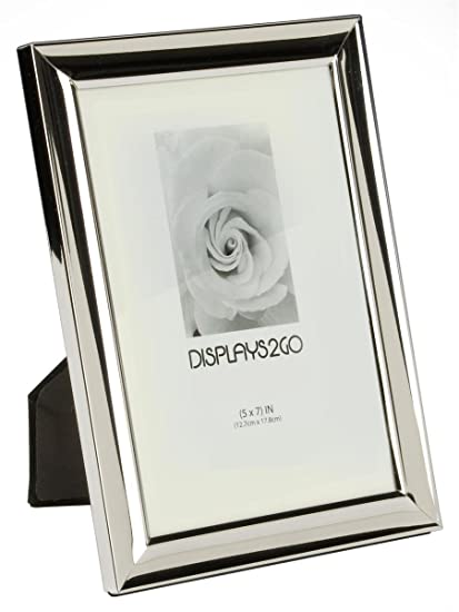 Amazon.com: Displays2go Mirrored Silver Photo Frame with Beveled ...