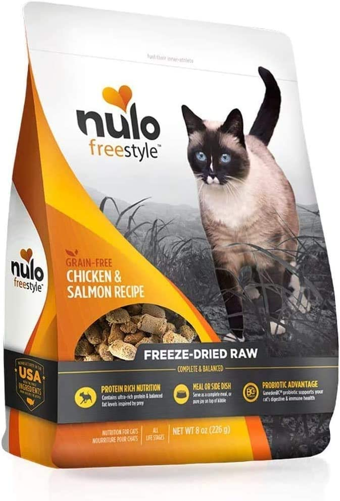 Nulo Freestyle Freeze-Dried Raw Cat Food, Chicken & Salmon, 8 oz - Grain Free Cat Food with Probiotics, Ultra-Rich Protein to Support Digestive and Immune Health - Premium Topper, Yellow, 8 oz