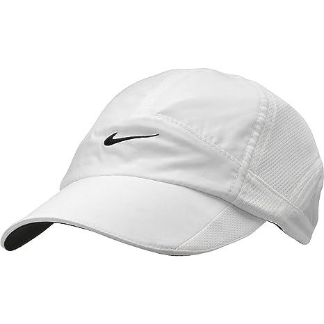 Nike - Gorra de Plumas Negras para Mujer: Amazon.es: Deportes y ...