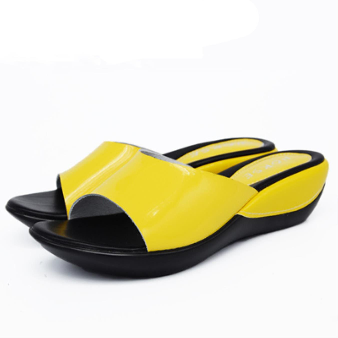 3a297db64136 Amazon.com  Women Flat Platform Slides Shoes Summer Leather Wedges Platform  Slippers Sandals for Ladies Casual Slippers  Clothing