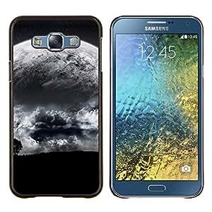TECHCASE---Cubierta de la caja de protección para la piel dura ** Samsung Galaxy E7 E700 ** --Extranjero Luna Cerrar vista de árbol Eart Apocalypse Planet