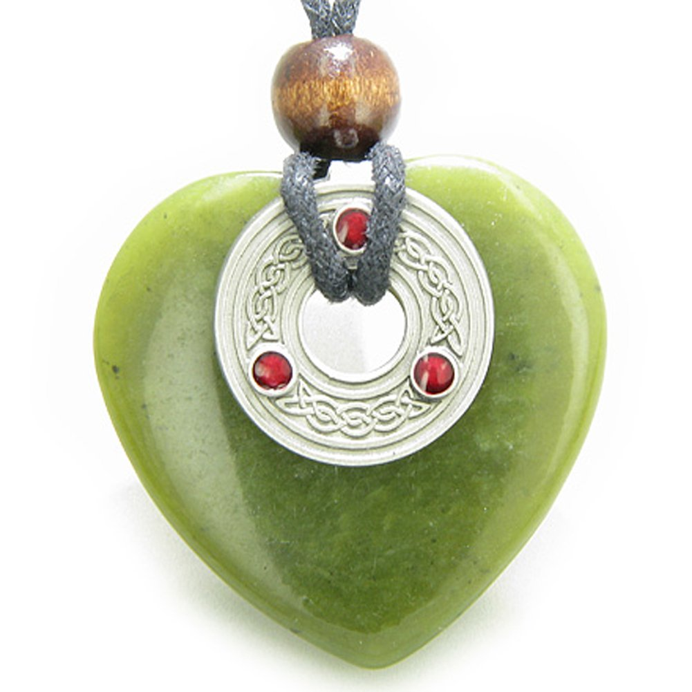 Celtic Triquetra Knot Protection Amulet Green Serpentine Gemstone Heart Pendant Necklace