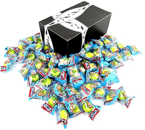 Vidal Tennis Balls Bubble Gum, 0.3 oz Packets in a BlackTie