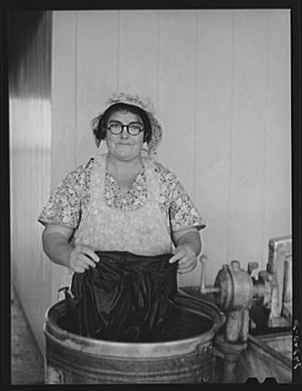 Amazon com: 1940 Photo Woman washing clothes  Tulare migrant