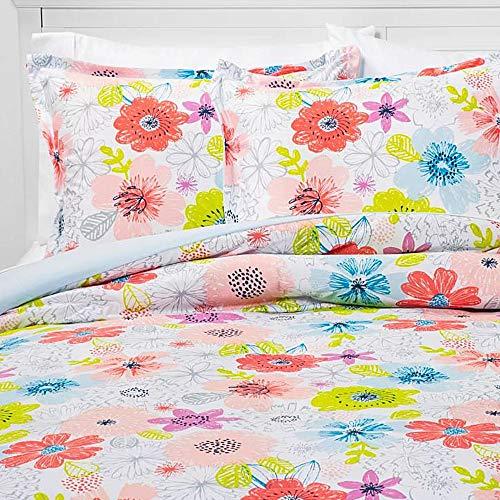 Pillowfort Fairytale Field Comforter Set, Full/Queen