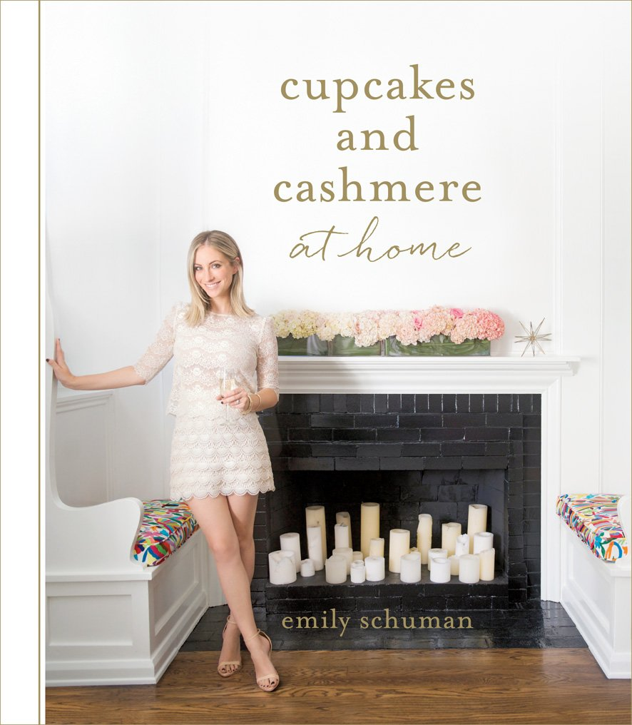 Cupcakes and Cashmere at Home: Emily Schuman: 9781419715839: Amazon ...