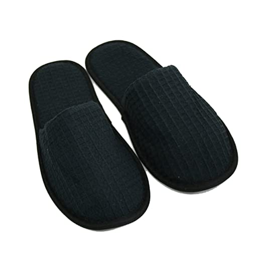 be0cd25d8a87 Amazon.com  Waffle Closed Toe Adult Slippers Spa Hotel Slippers for Women  and Men White (Black)  Clothing