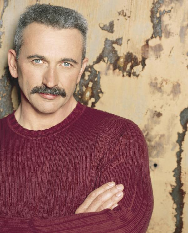 Aaron Tippin On Amazon Music