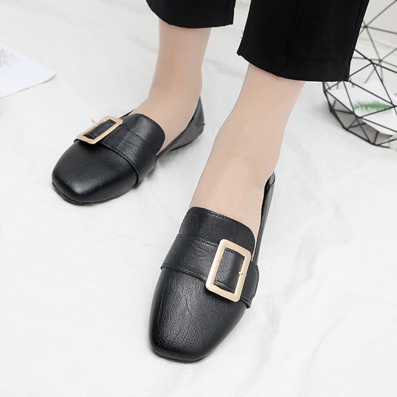 fadc723552c071 Amazon.com  Women s Comfort British Retro Single Shoes Shallow Mouth Low  Heel Pump Flat Shoes  Sports   Outdoors