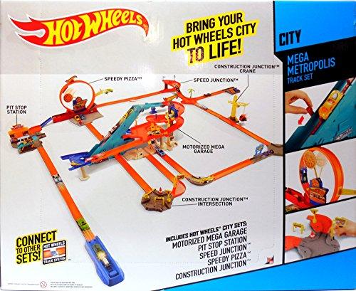 Hot Wheels City Mega Metropolis Motorized Race Track 10 Cars 5 Hot
