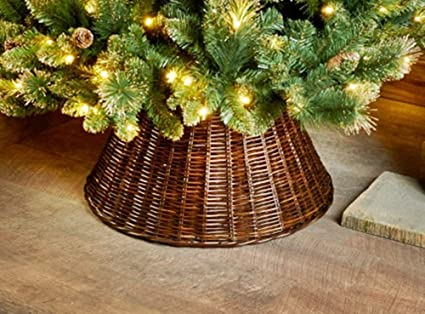 At Home Christmas Trees.Scotrade Stunning Large Christmas Wicker Tree Skirt To Your Decorations At Home Outdoor Indoor 65cm Brown